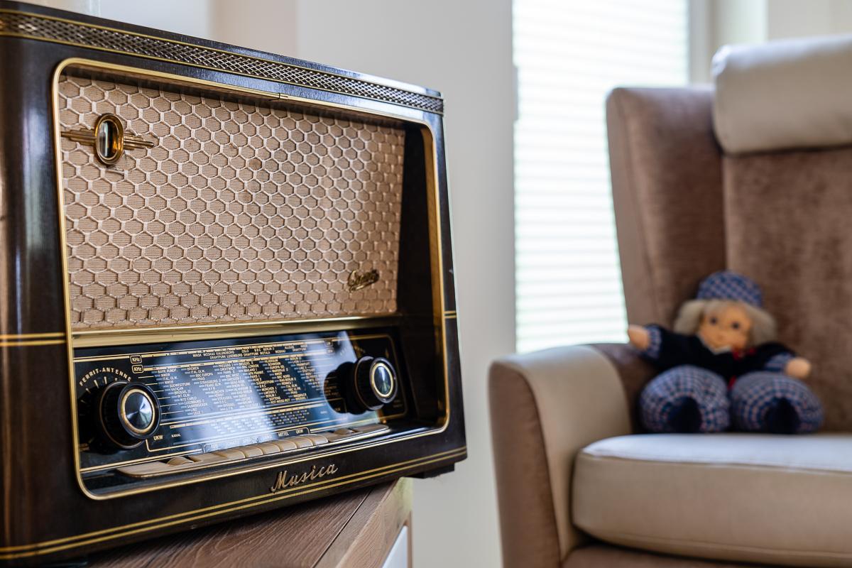tagespflege-loungebereich-radio